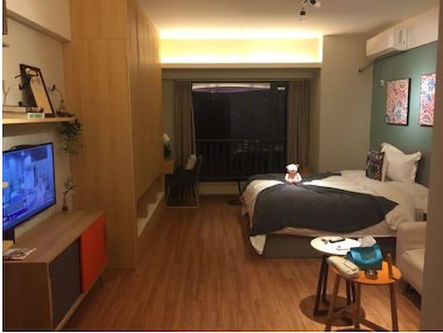 高新路科技路地铁站附近中大国际斜对面一居公寓 - Xi'an - Departamento