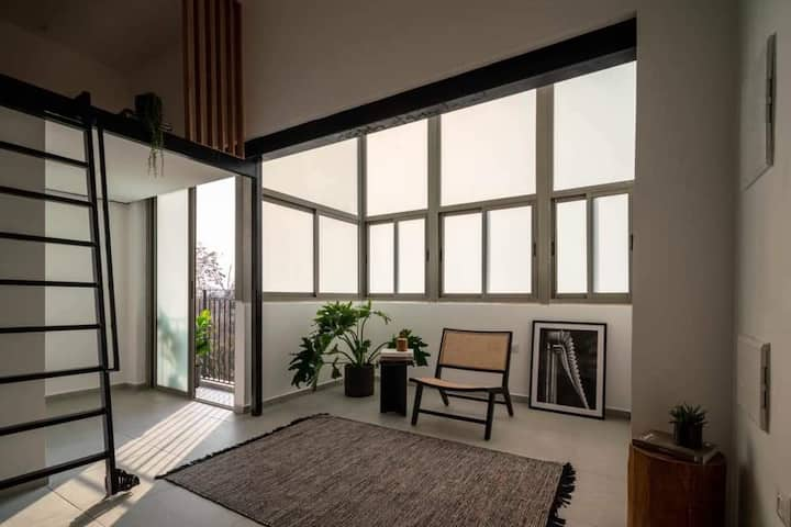 ALENBY #12 classic modern Studio Apartment by Homy