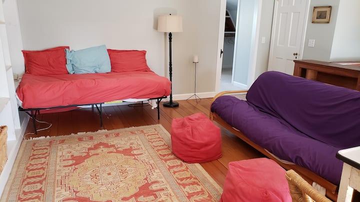 Big 1-bedroom suite w/ private deck & entrance