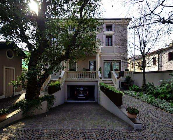 Villa Liberty a Monselice con giardino esclusivo