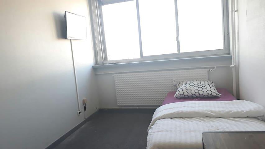 Mulhouse-centre chambre privé 1