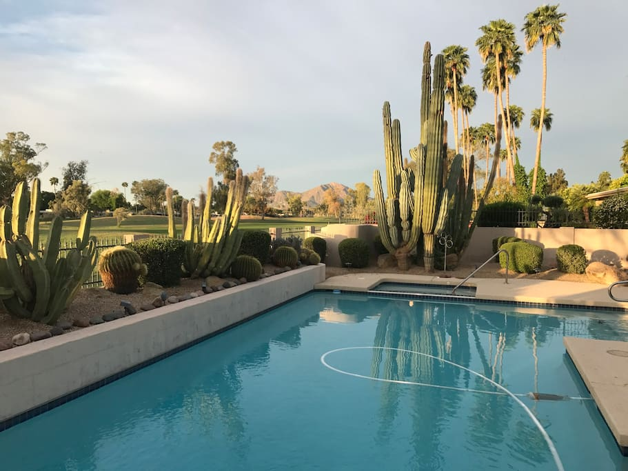 Large pool/spa views camelback