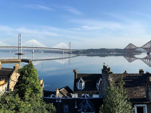 Forth Reflections (UK31632)