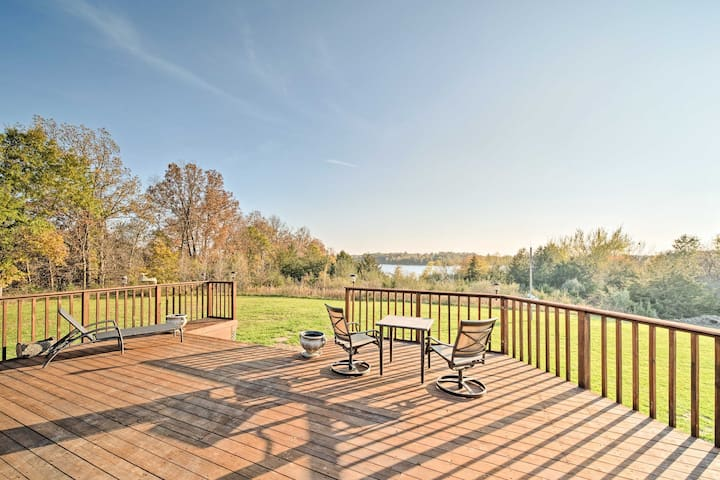 NEW! Spacious 2BR Apt. w/ Fire Pit & Lake Views!