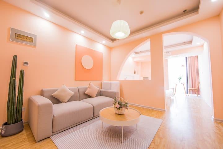西西de民宿 设计师美学民宿 一室一厅超温馨 高品质民宿 可做饭 可接拍 近地铁近勒泰商圈