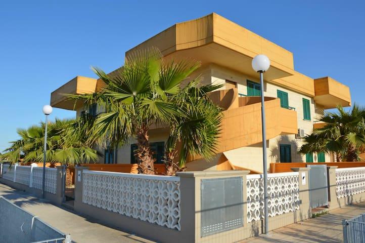 Residence Flamingo Ippocampo 1 - Ippocampo - Villa