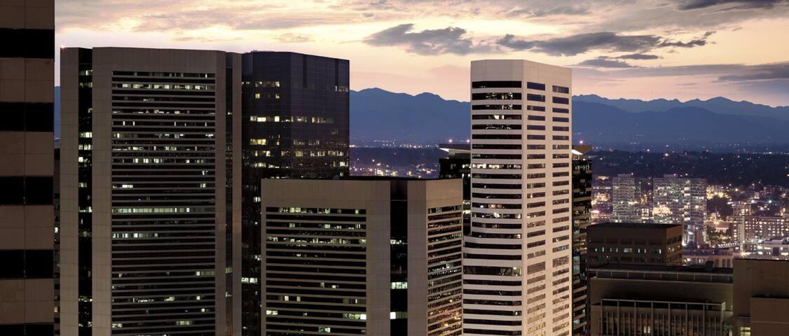 City of Downtown Denver Ritz Carlton 2 bed2bth - Denver - Appartamento