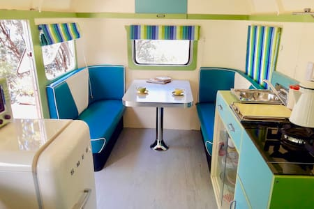 Willis - A genuine 1940's caravan