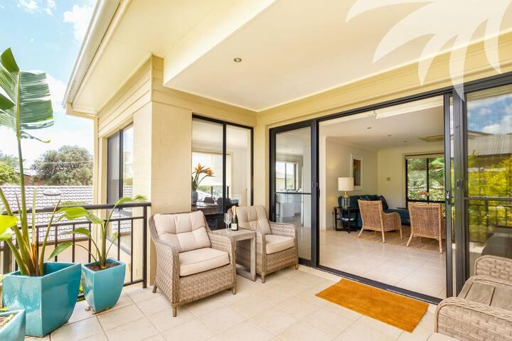 Seni Retreat - Boomerang Beach - Wohnung