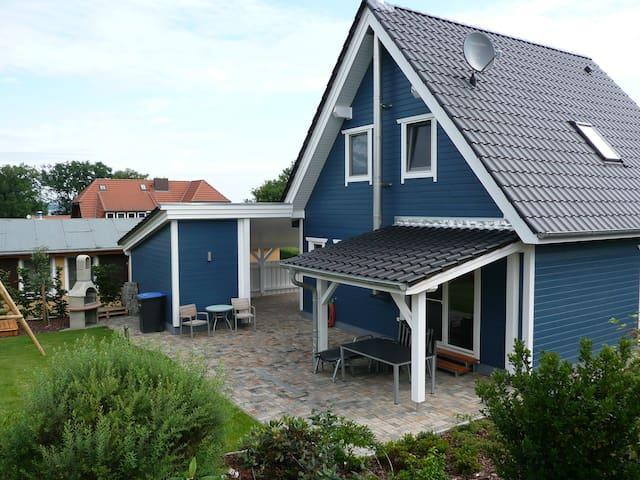 Urlaub am Fleesensee in Mecklenburg-Vorpommern - Fünfseen - Bungalow