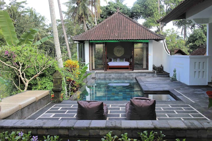 CHARMING MANDALA ROOM @good-vibes villa+sharedpool
