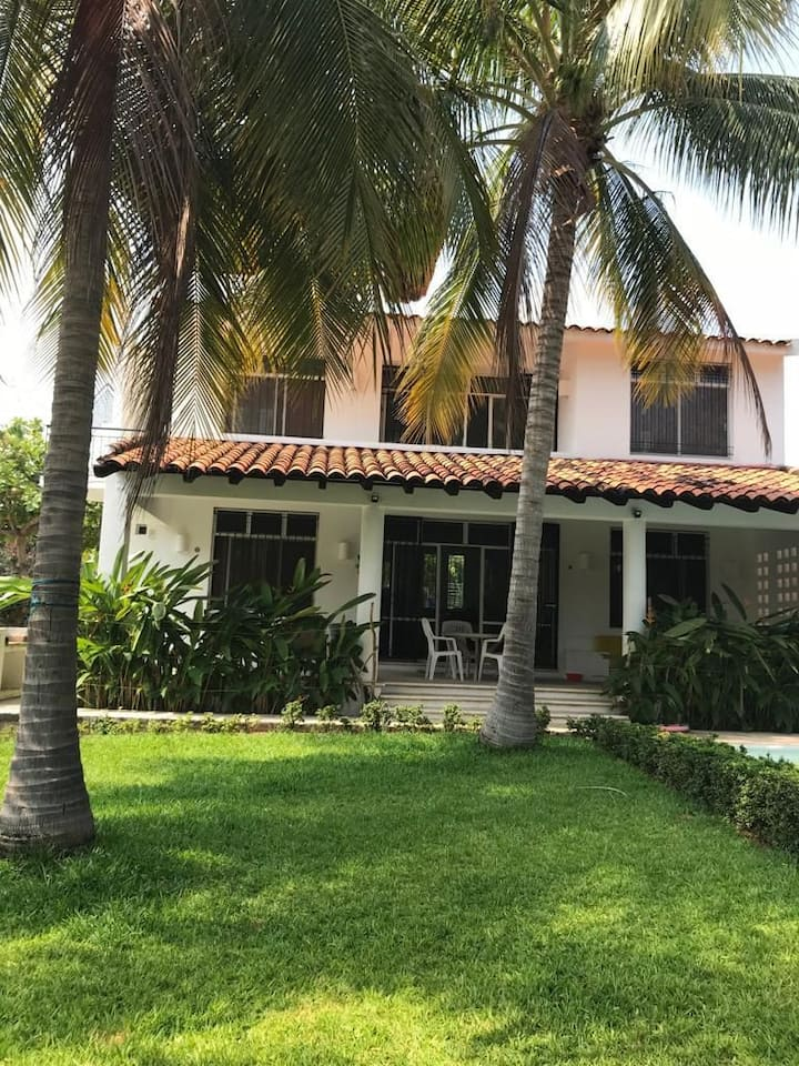 Casa Tlacochauaya