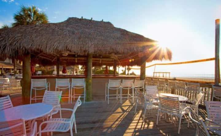 The Eternal Summer Villa across from the beach