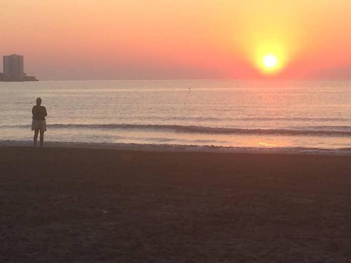 Amanecer junto al mar