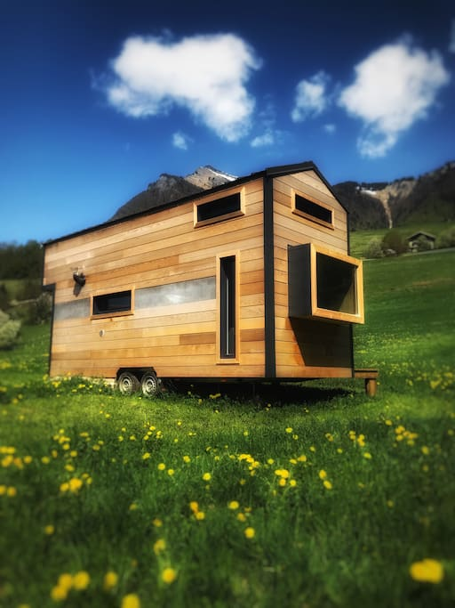 small chalet in the alps la tiny du pic tiny houses. Black Bedroom Furniture Sets. Home Design Ideas