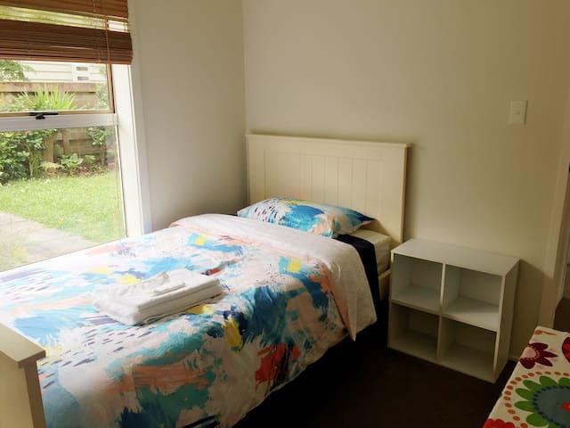 Handy location, cozy rooms