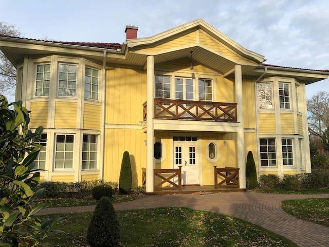 Villa 2 berlin