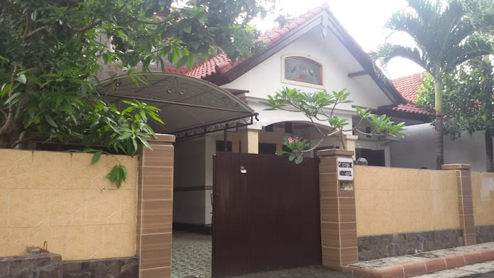 CHRISTINE HOUSE B3