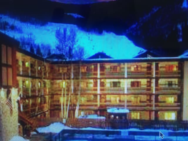 Excelent location in vail village near to golden p