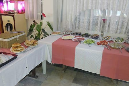Ürkmez Otel Su - Kavakdere Köyü - Bed & Breakfast