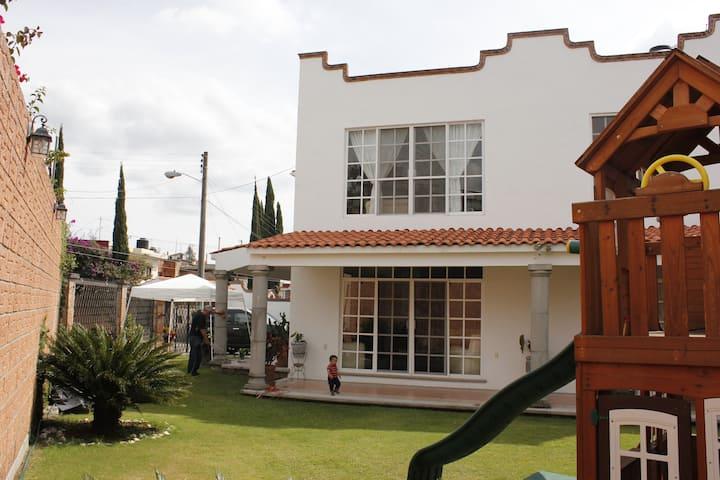 Acogedor y espacioso departamento en CuernavacaMor