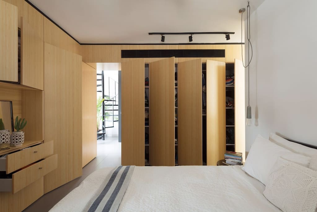 Master bed room