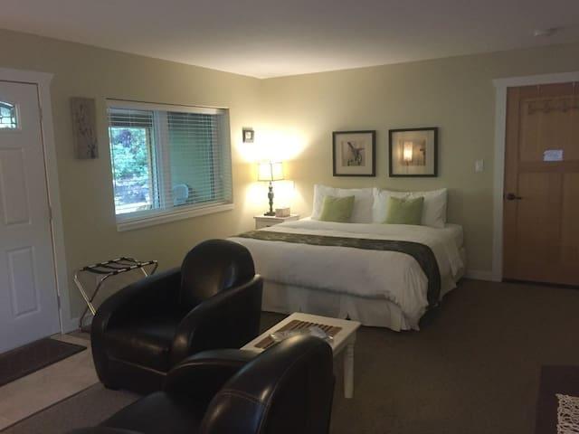 Big Beach Room