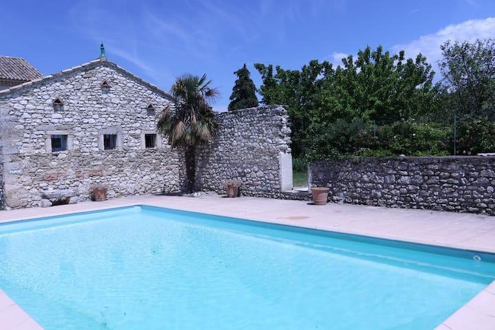 Beautiful Villa 110M2 - Swimming Pool