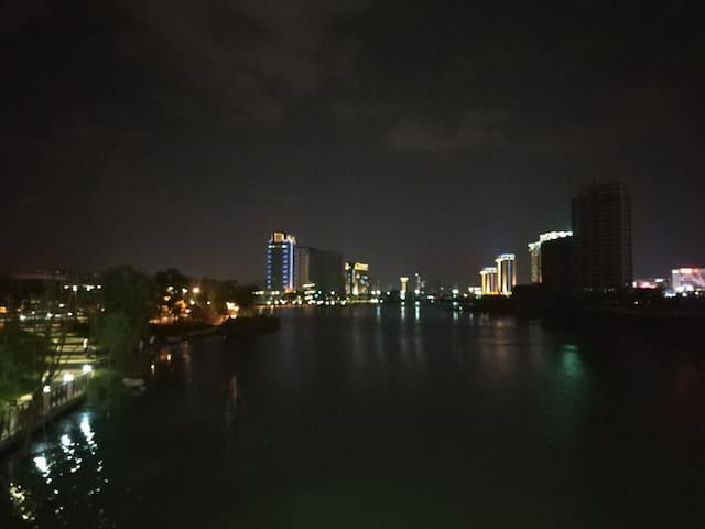 附近公园夜景2