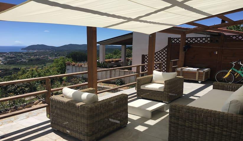 Zaira House posizione panoramica e piscina privata