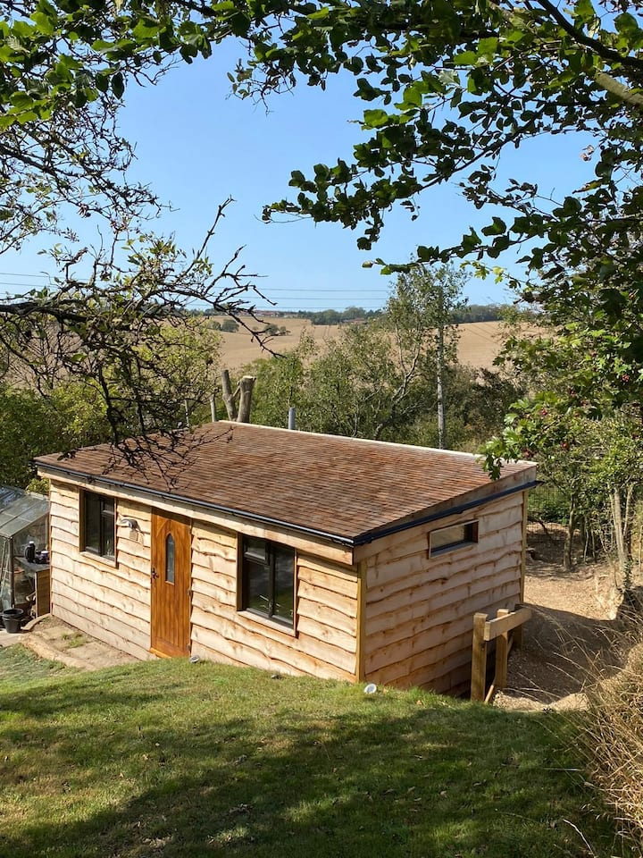 Cosy Cabin on the North Downs