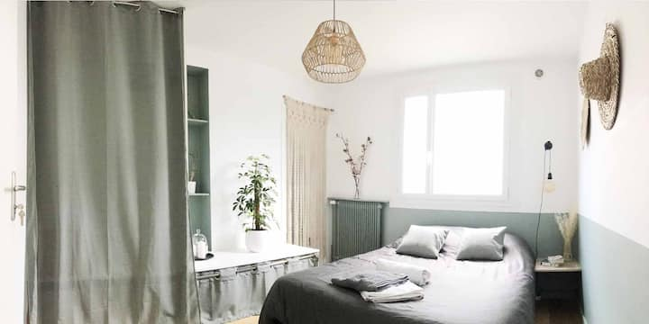 Chambre Cosy avec SDB  + WC,  Île de Versailles