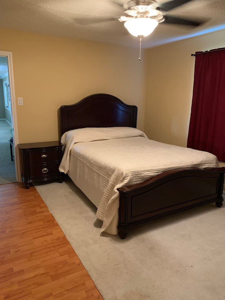 1 private bedroom with shared jack/Jill bathroom