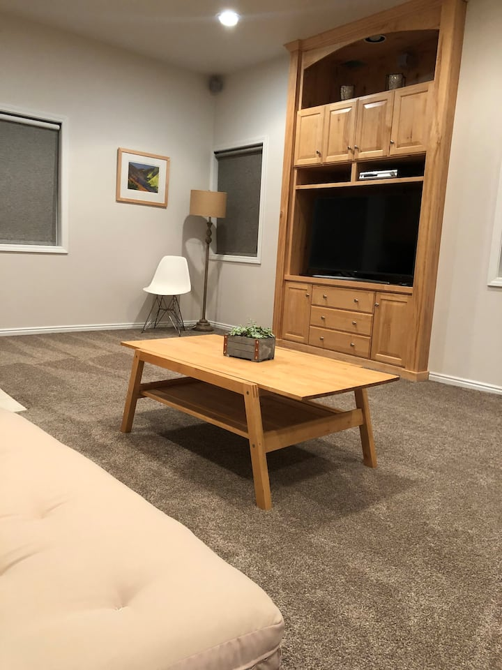 Cozy Studio mins away from Park City or The Uintas