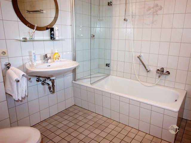 Haus Kandelblick, (Furtwangen), Ferienwohnung Kandelblick, 60qm, 1 Schlafraum, 1 Wohn-/Schlafraum, max. 3 Personen