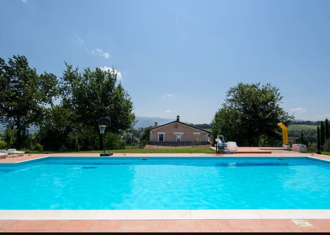 House - 100 km from the beach - Spoleto - Rumah