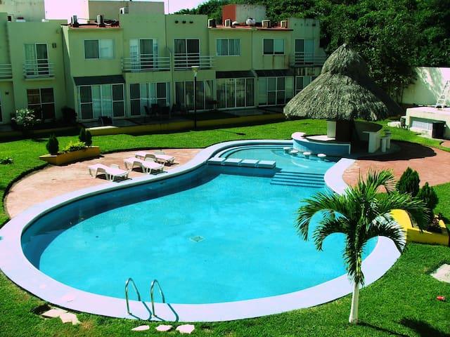 Beautiful Beach House with pool!