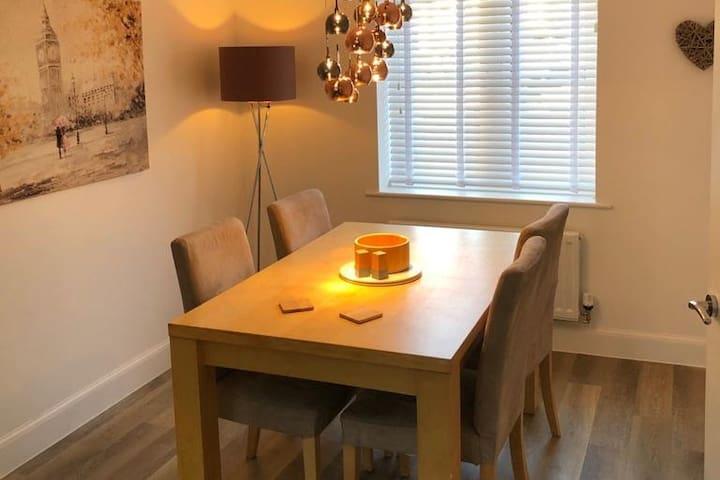 3 bedroom house in Bloxham