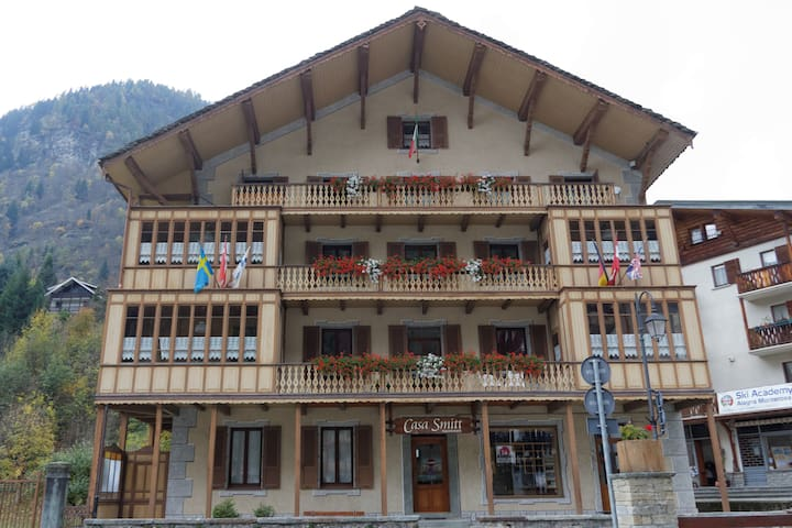 Charming Apartment in Alagna centre - Alagna Valsesia - Hus