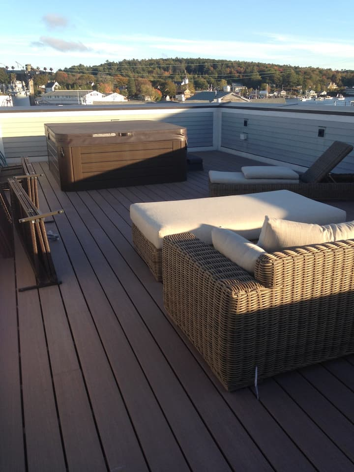BBH Lux 3 Bedroom Boothbay Harbor Apt w/ Hot tub