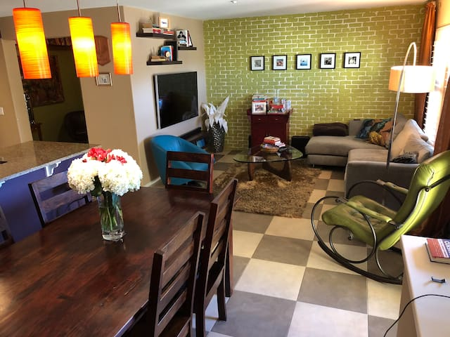Hip, luxury town home in San Diego, California