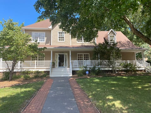 Sweet Southern Dream - 3 BED, 2.5 Bath, & Office 🌺