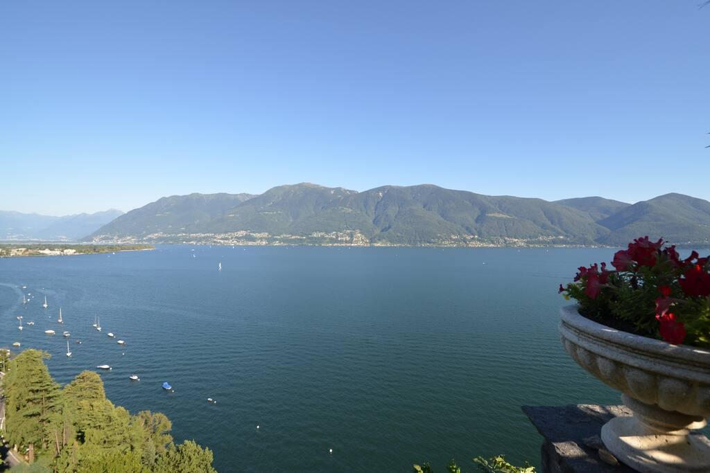 Blick nach Ascona Lido und S. Nazzaro