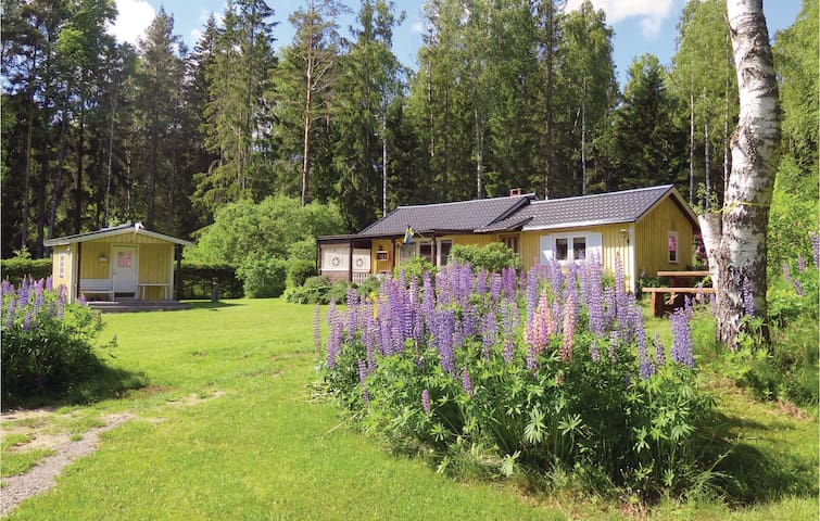 Holiday cottage with 3 bedrooms on 58 m² in Tösse