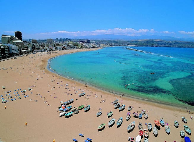 Studio to 25metres of Las Canteras's Beach