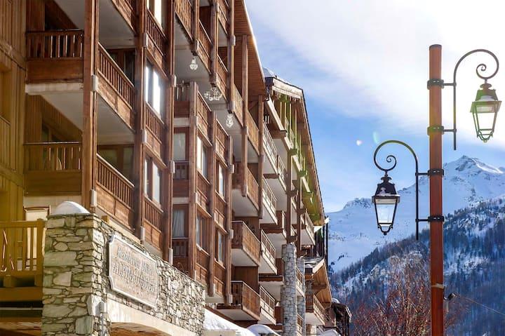 Studio au coeur de Val D'Isère ! Balcon/Terrasse + Casiers à ski