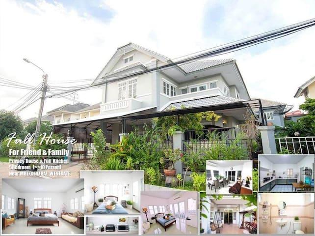 FREE Pick up! BIG House 6BR (upto16pax) MRT *會說中文*