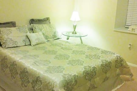 Lexi's Place - Greenville - Apartamento
