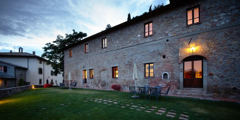 Borgo il Castagno-Apartment for 3 persons