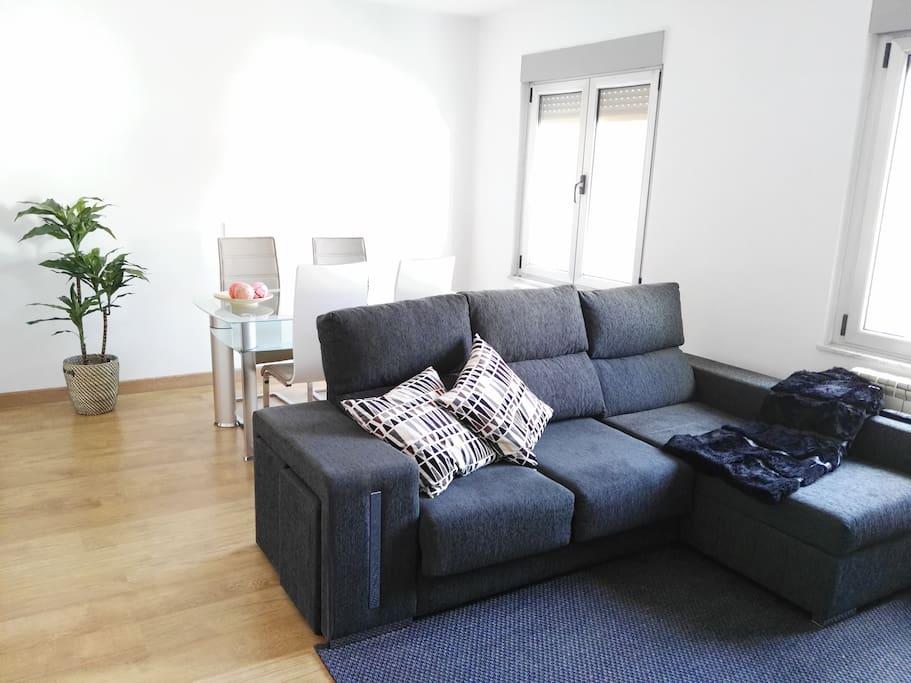 Nuevo cerca centro wifi y calefacci n appartamenti for Centro reto oviedo muebles
